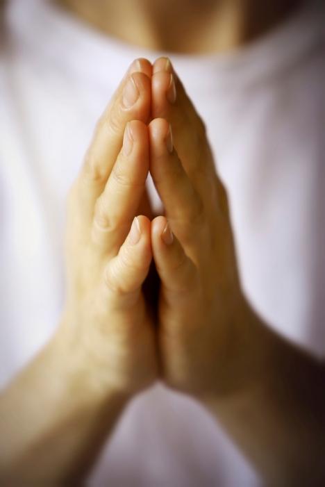 j0434135 mature market praying